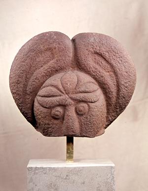 Kopf einer Götterfigur